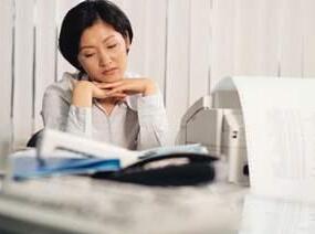 最易影响办公室人际和谐--多疑